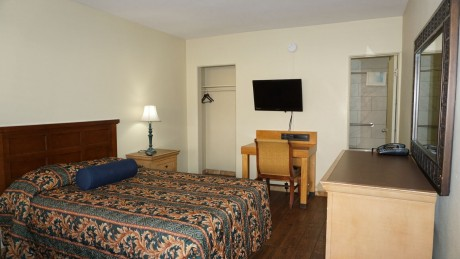 Budget Motel Titusville: Deluxe Double Room
